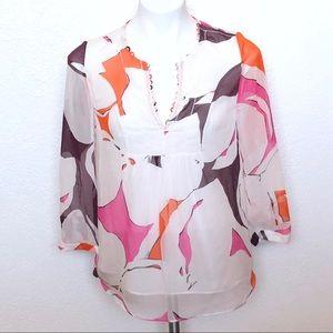 Diane Von Furstenberg silk blouse sz. 2